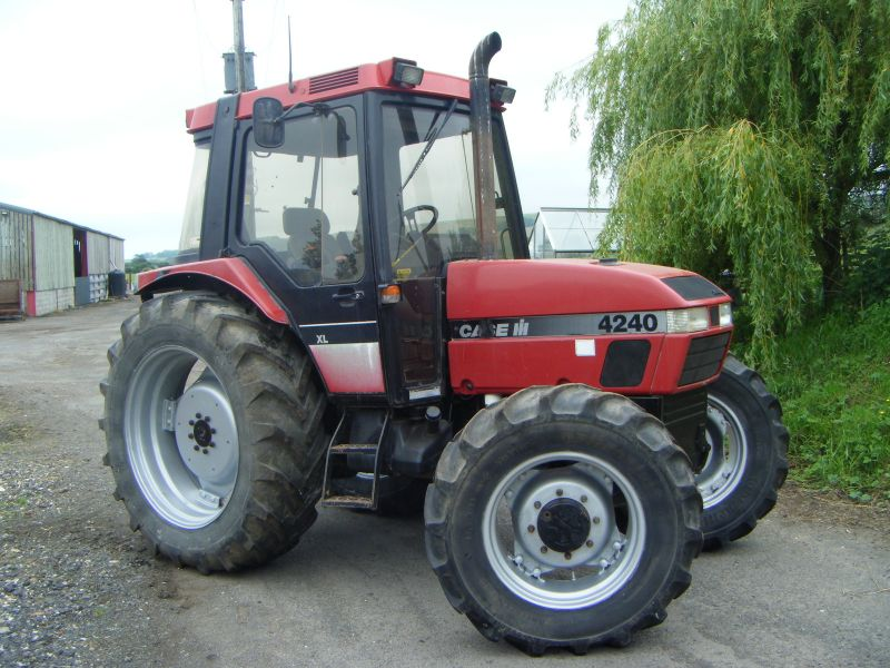 Case 4240 :: Recently Sold :: Browns Agricultural Machinery