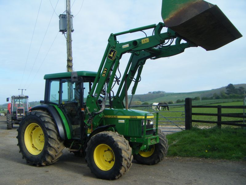 JOHN DEERE 5500 :: Recently Sold :: Browns Agricultural ...