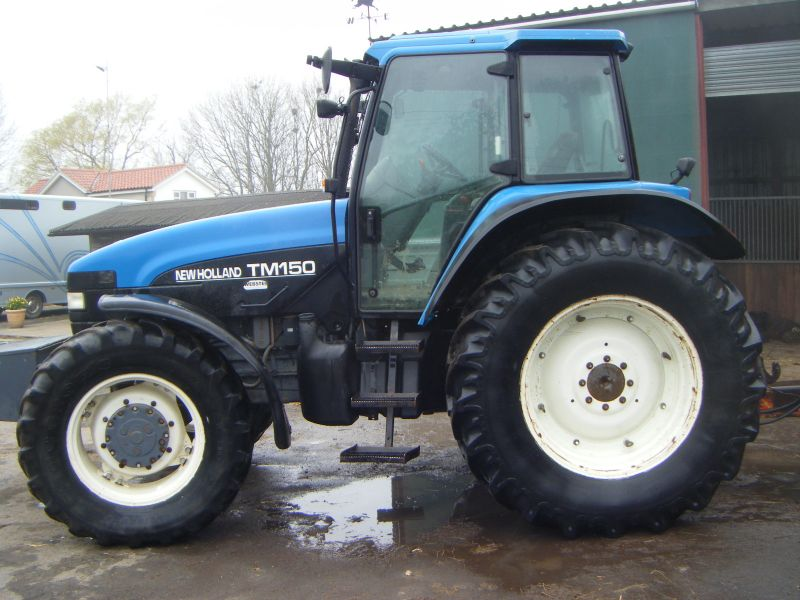 NEW HOLLAND TM150 Range Command :: Recently Sold :: Browns