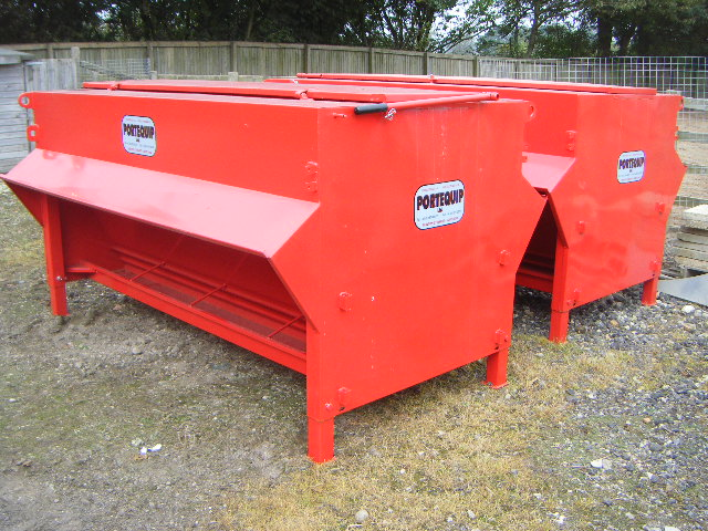 for image auction sale equipment feeders hog item au sold ag used june feeder