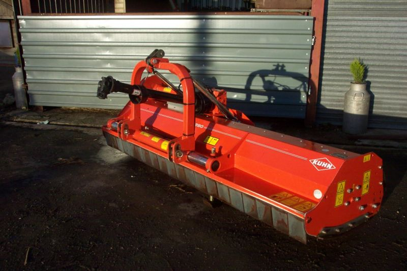 Kuhn Flail Topper :: Recently Sold :: Browns Agricultural