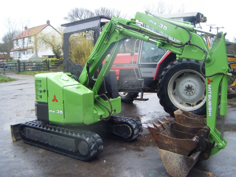 MITSUBISHI MX35 MINI DIGGER :: Recently Sold :: Browns ...